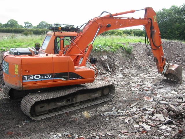 Daewoo 130 LCV Excavator - Plant Hire Guide